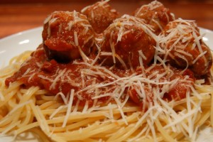 spaghetti and meatballs, family, dinner