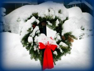 Christmas wreath, snow