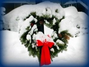 Christmas wreath, snow