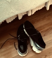 one-night stand, shoes, romance