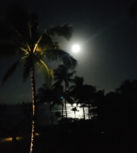 full moon, Kauai, morning moon