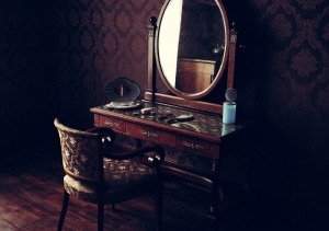 Pixabay images, antique mirror