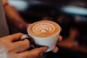 https://pixabay.com/photos/latte-art-cappuccino-coffee-5712779/  R-steray