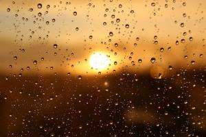 rain, sun, rainbow, gnome, https://pixabay.com/photos/rain-sun-window-light-sunset-3940580/ Kranich17